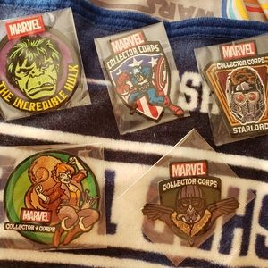 5 Funko Marvel patches